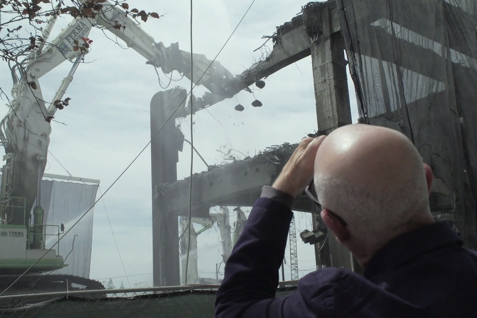 Architect David Miller looks at Seattle's partially demolished Alaskan Way Viaduct